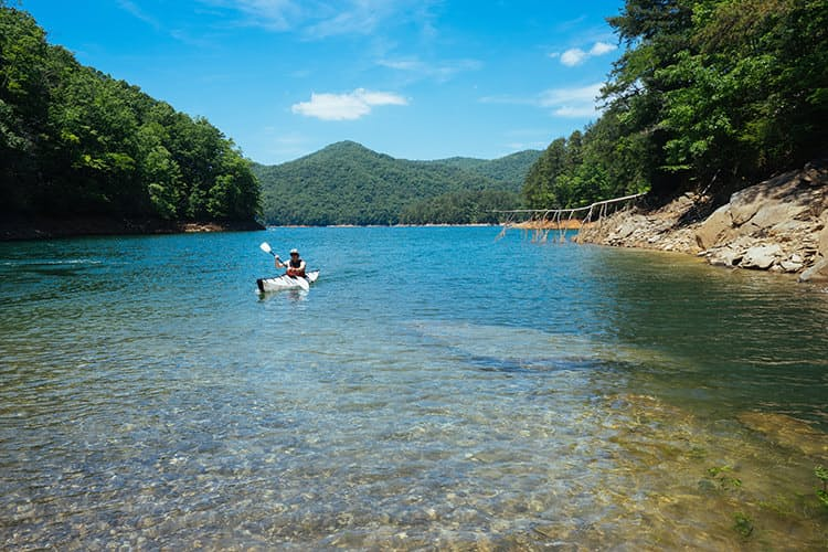Huckberry great smoky mountain national park insider's guide kyle frost know before you go fontana lake.jpg?ixlib=rails 2.1