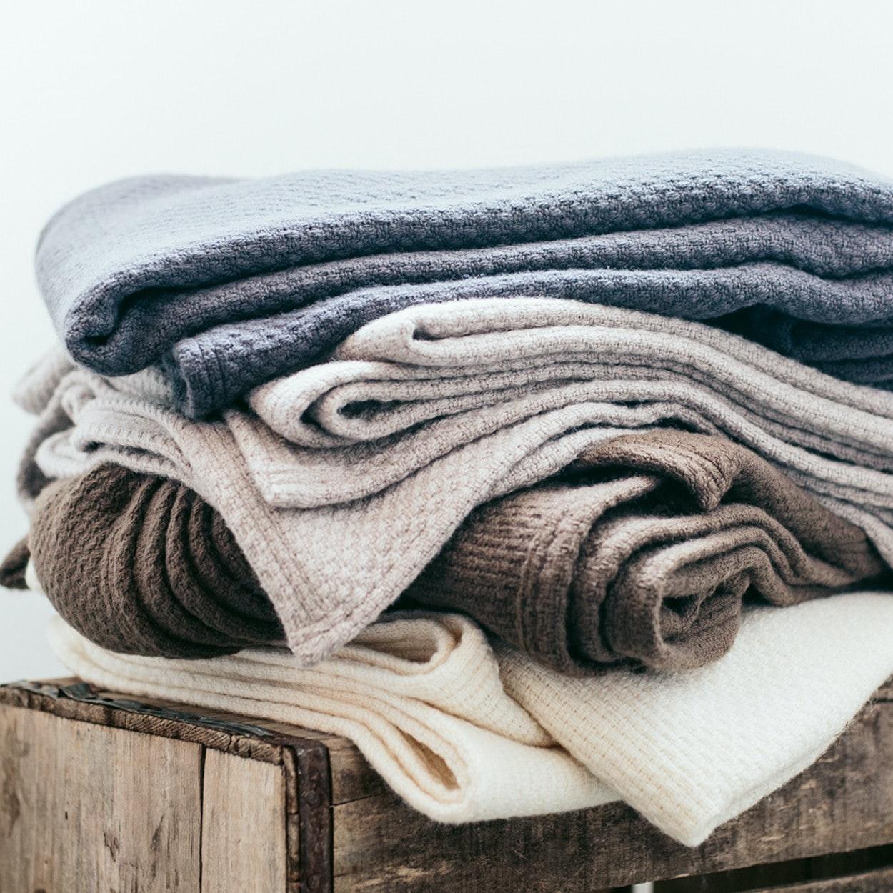 faribault woolen mill co thermal weave merino wool blanket u003e