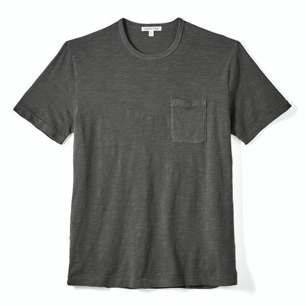 Best T-shirt for men to wear now