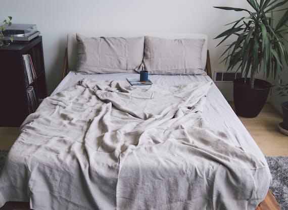 home goods online shop huckberry. Black Bedroom Furniture Sets. Home Design Ideas