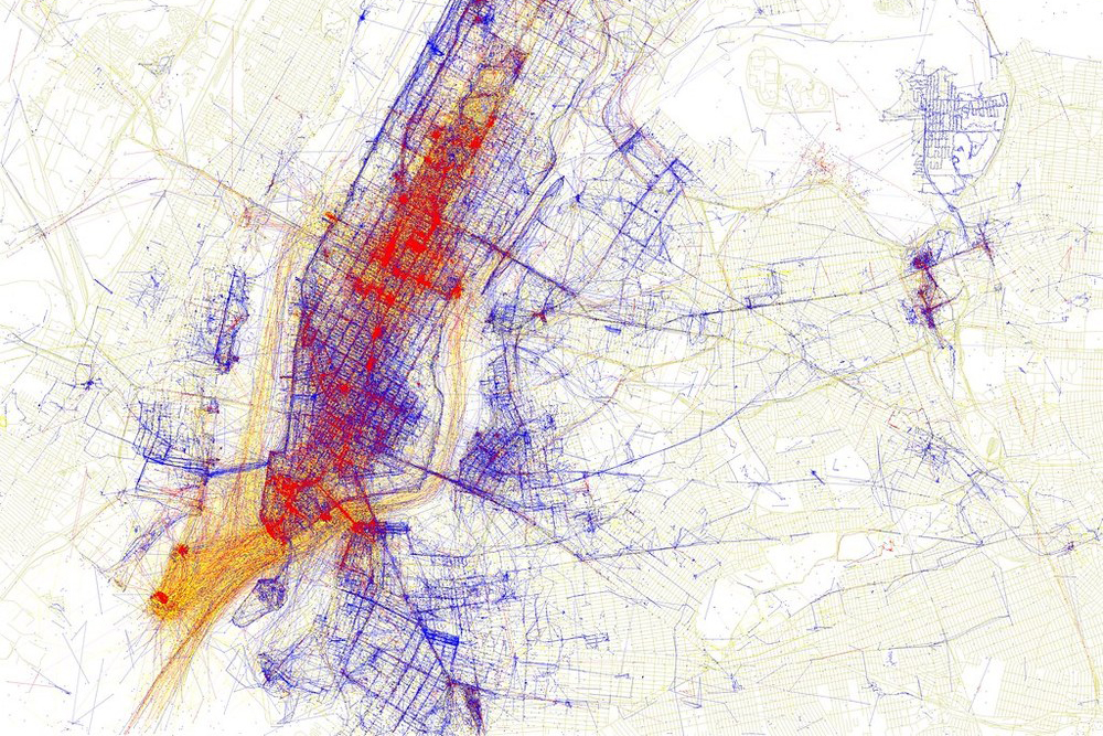 A Series of Maps Reveals the Difference in How Cities are Perceived by Tourists and Locals