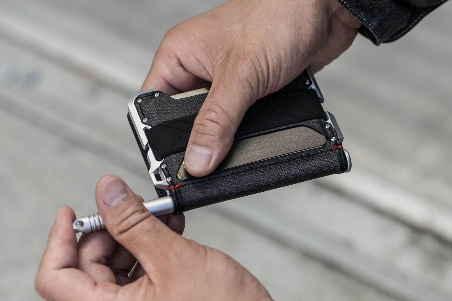 Dango D01 Dapper Bifold Pen Wallet