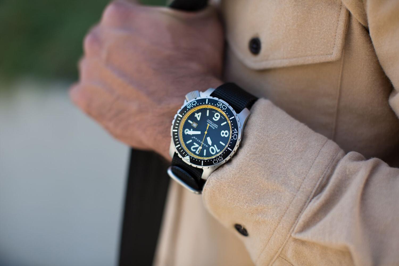 Momentum Watches Torpedo blast 44