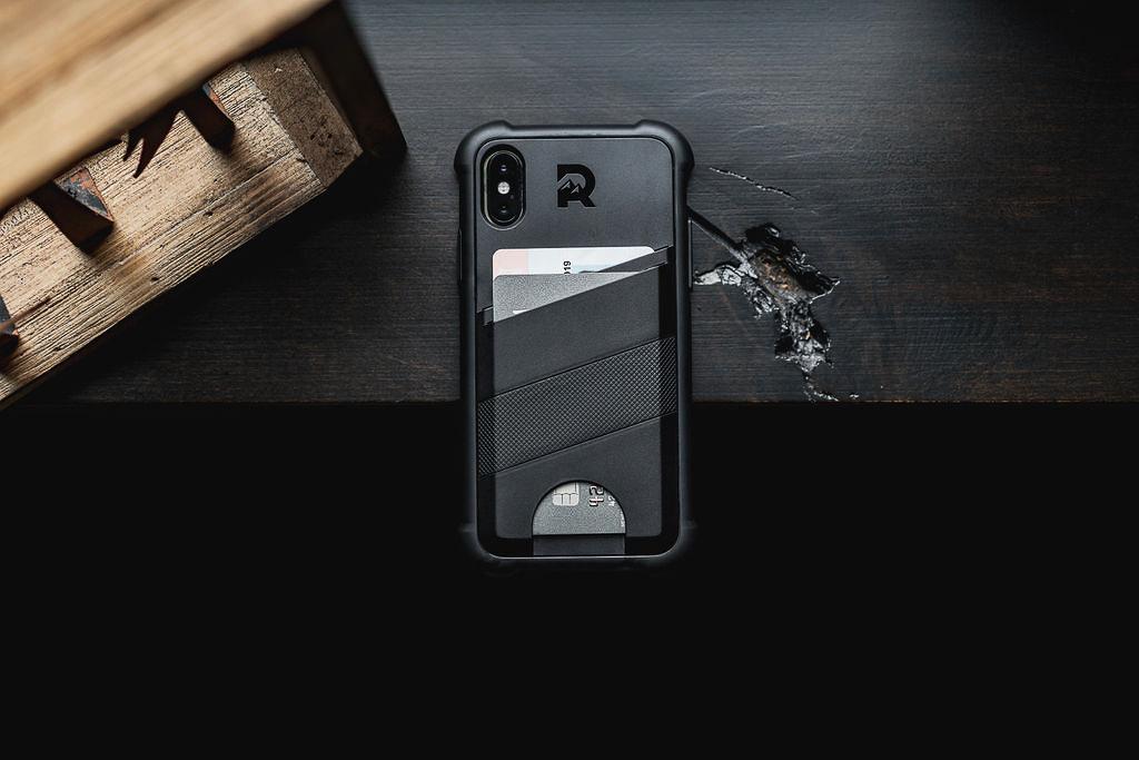 The Ridge Shockproof Card Case