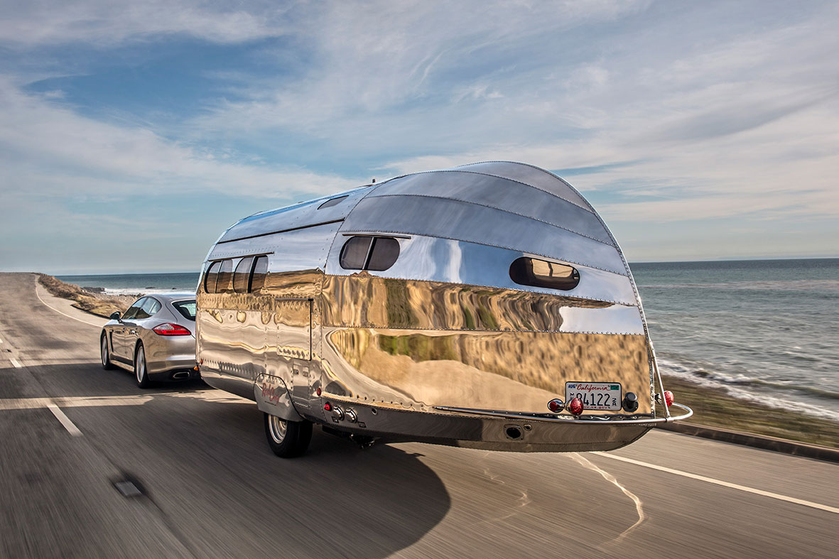 A Yacht-inspired Road Chief Wave Trailer