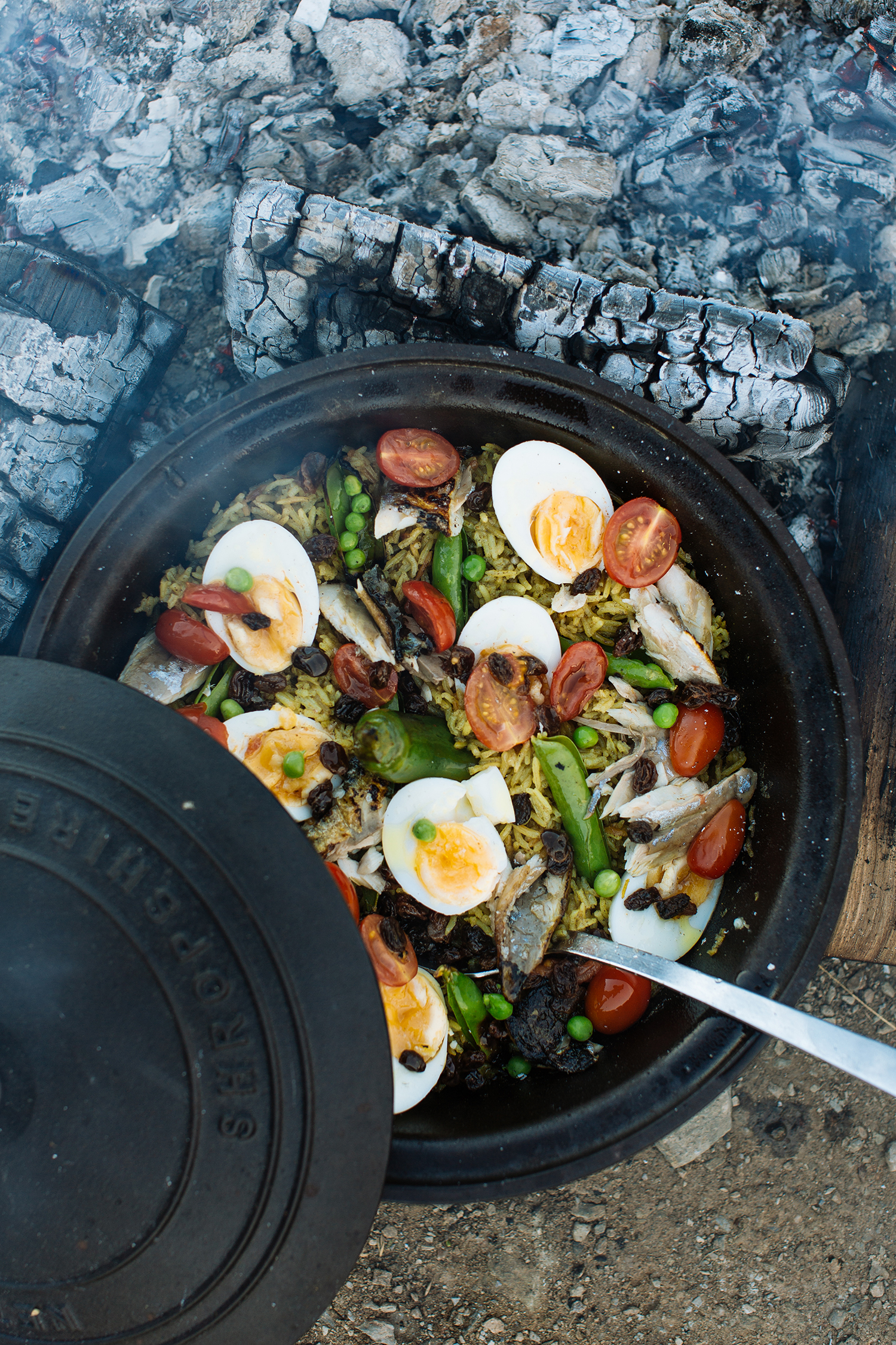 Open-fire smoked mackerel kedgeree