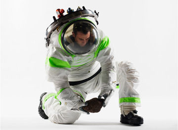 Tile spacesuit