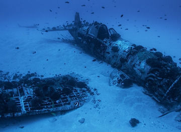 Tile 2340 plane crash