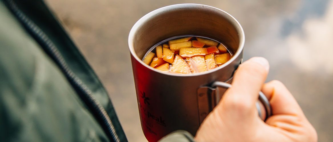 Featured huckberry apple maple hot toddy fresh off the grid header