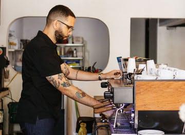 Tile  cafe%cc%81 comunio%cc%81n abner rolda%cc%81n.jpg?ixlib=rails 2.1