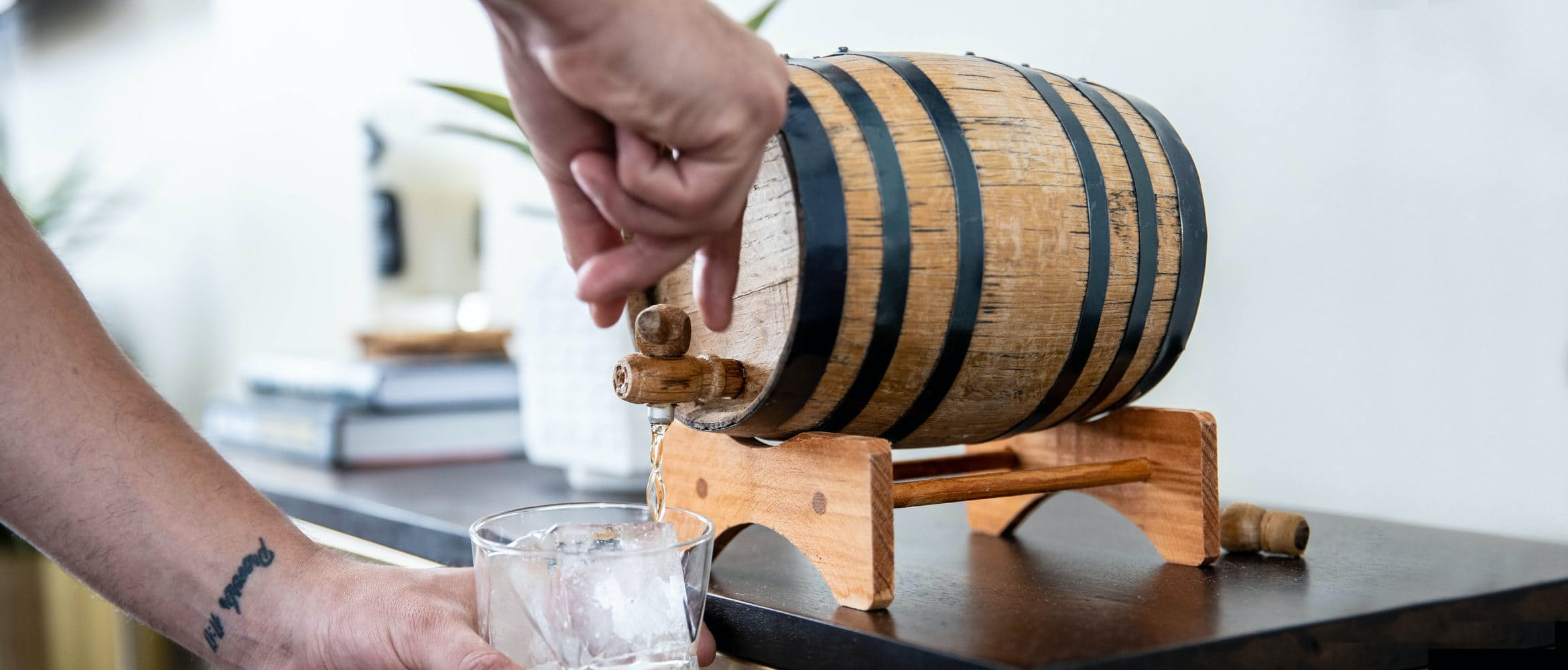 How To Make Barrel Aged Cocktails At Home Huckberry