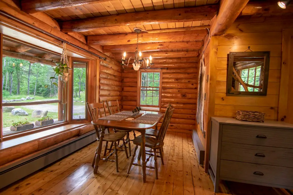 The Cabin's dining room